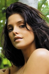 Ashley Greene PIC