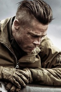 640x1136 Brad Pitt In Fury Movie