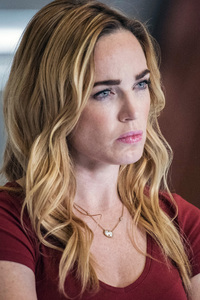 Caity Lotz In Legends Of Tomorrow 2018