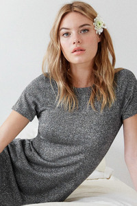 480x800 Camille Rowe
