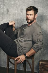 2160x3840 Chris Hemsworth 2017 Photoshoot