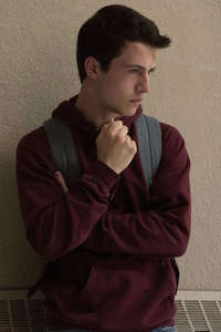 240x320 Clay Jensen In 13 Reasons Why Season 2 5k