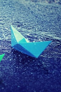 320x568 Colorful Paper Boats