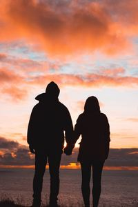 1125x2436 Couple Holding Hands