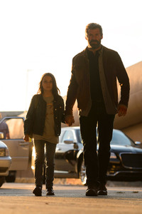 Dafne Keen And Hugh Jackman In Logan