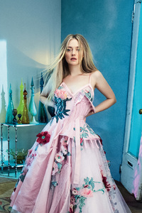 Dakota Fanning Vogue Australia 2018 4k