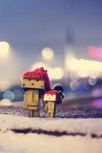 240x320 Danbo In Winter Dress
