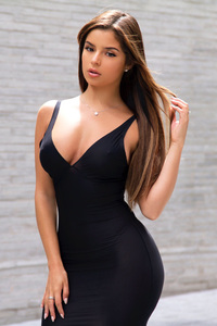 720x1280 Demi Rose In Black Dress