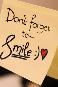 240x320 Dont Forget To Smile Msg