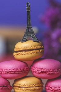 480x854 Eiffel Tower Cookies Art