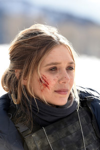 750x1334 Elizabeth Olsen In Wind River Movie