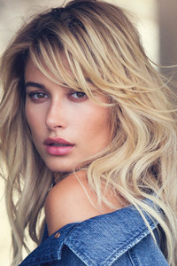 800x1280 Hailey Baldwin 2018 Latest