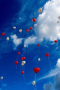 240x320 Heart Shape Balloons In Sky