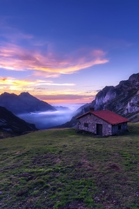 800x1280 House In The Mountains Sunlight Nature Landscape