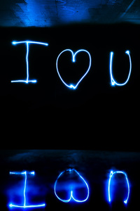 320x568 I Love You Light Streaks Long Exposure