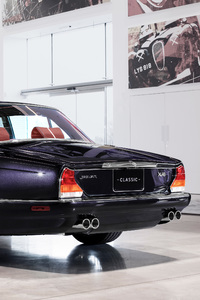 640x960 Jaguar XJ6 By Jaguar Land Rover Classic Rear