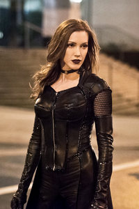 240x320 Katie Cassidy As Black Canary Arrow