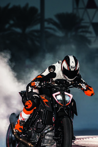 640x1136 KTM 1290 Super Duke Drifting