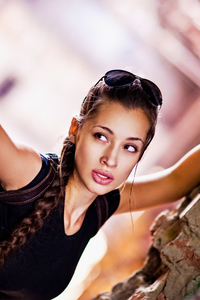 320x480 Lara Croft Cosplay 4k