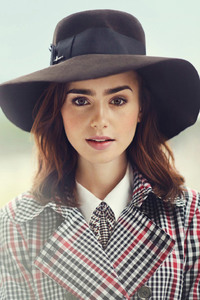 Lily Collins 2 2017