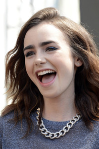 Lily Collins Celebrity