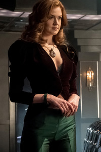 480x800 Maggie Geha As Poison Ivy Gotham Season 4