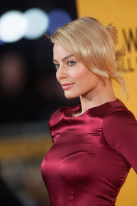 Margot Robbie 2017 New