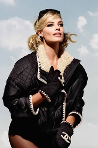 240x320 Margot Robbie Chanel 5k Photoshoot