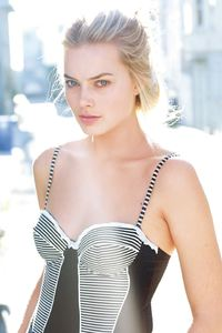 Margot Robbie HD 2