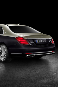 540x960 Mercedes Benz Maybach S 560 2018 Rear