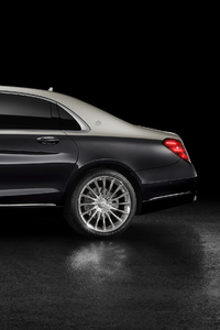 320x568 Mercedes Benz Maybach S 560 2018