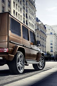 640x960 Mercedes G Wagon Rear