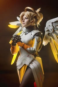 Mercy Overwatch Cosplay