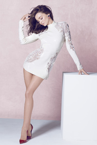 360x640 Miranda Kerr In White Dress