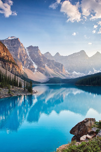 800x1280 Moraine Lake South Channel