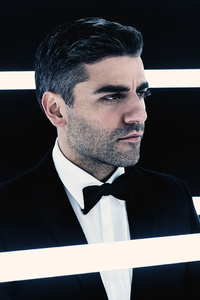 320x568 Oscar Isaac As Poe Dameron In British Vogue 2017