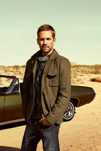 640x1136 Paul Walker With Cars