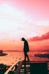 640x960 Person Standing Pink Silhouette