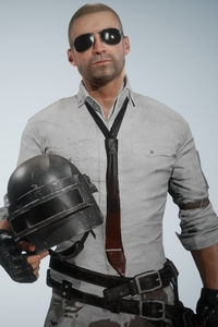 720x1280 Pubg Helmet Guy Without Helmet