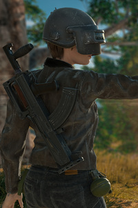 720x1280 Pubg Weapons Helmet Girl 4k