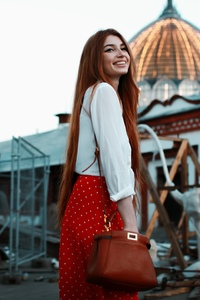 1280x2120 Red Head Girl Smiling