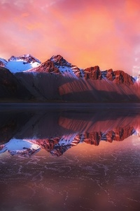 480x800 Reflection Of Mountains In Water