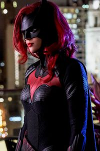320x480 Ruby Rose As Batwoman 4k