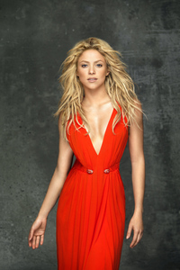 1125x2436 Shakira In Red Dress 5k