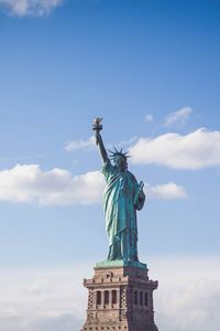 640x960 Statue Of Liberty