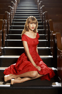 240x400 Taylor Swift American Singer Hd
