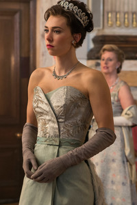 640x960 Vanessa Kirby In The Crown Tv Show