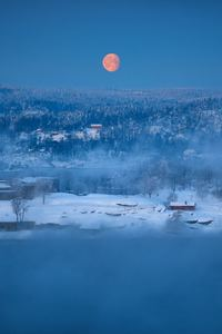 1080x2160 Winter Outdoors Red Moon